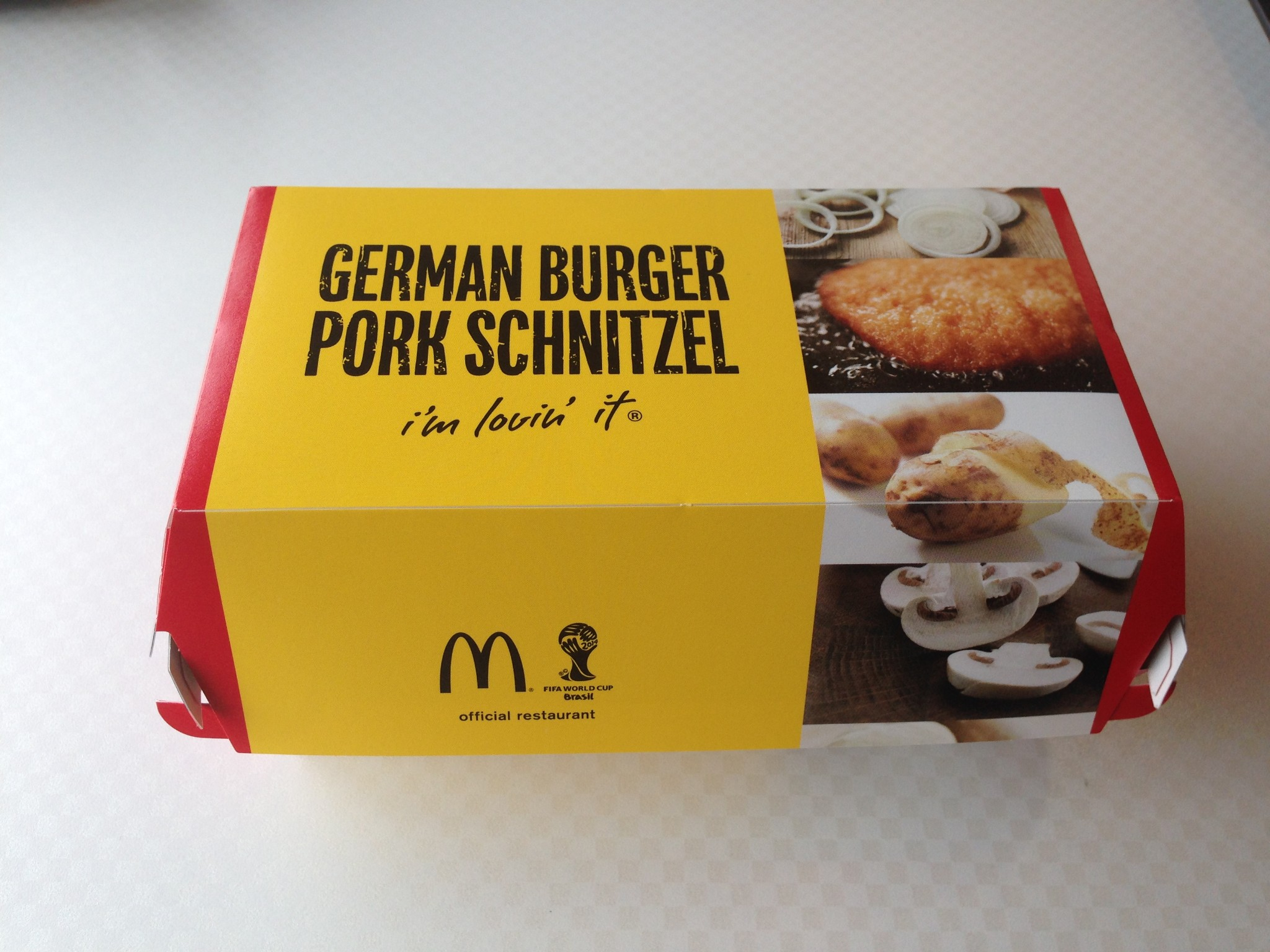 Deutschland Burger at McDonald's Japan - blog.Daniel-Klose.comblog ...